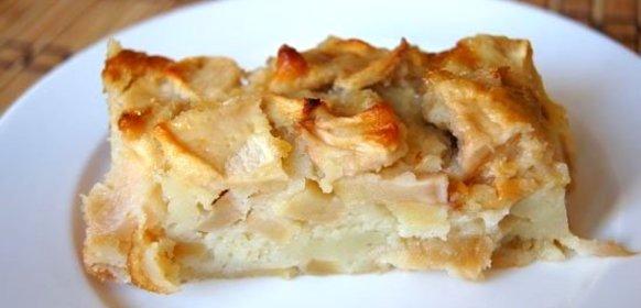 Лучшие рецепты шарлотки с майонезом: с яблоками