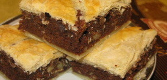 Пирог с шоколадом из слоеного теста рецепт с фото пошагово