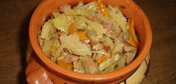 Рецепт приготовления капусты с мясом в духовке